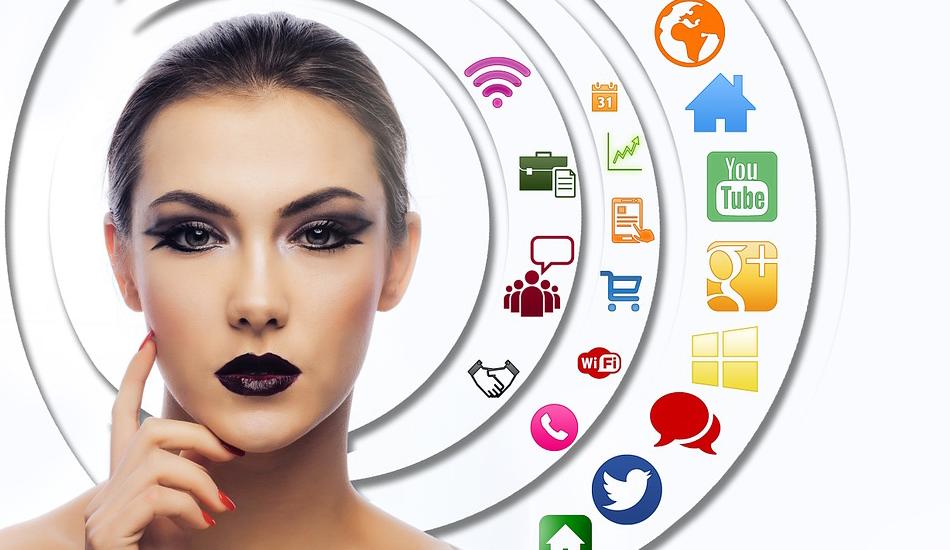 Commercio: vendite in forte calo, cresce l'e-commerce