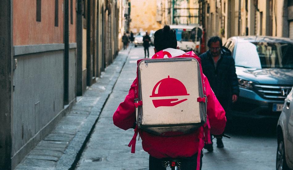 Food delivery: Federconsumatori solidale con i riders in protesta. Da lavoratori essenziali per cittadini ed imprese durante l'emergenza a lavoratori invisibili privi di diritti